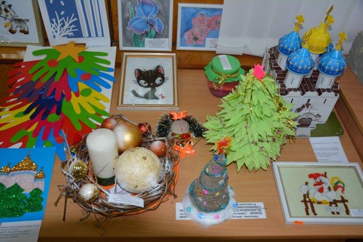 В Пскове прошла выставка декоративно-прикладного творчества «Святое рождество», фото-1