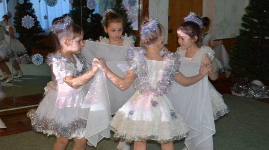Генеральный директор АКХЗ поздравил воспитанников детсадов с новогодними праздниками (ФОТО), фото-6