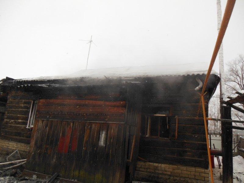 У ульяновца сгорел дом, пока тот был в магазине. ФОТО, фото-1