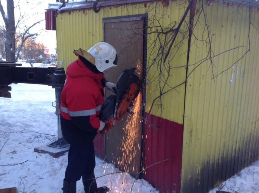 В Засвияжье вскрыли и демонтировали нелегальный киоск. ФОТО, фото-4