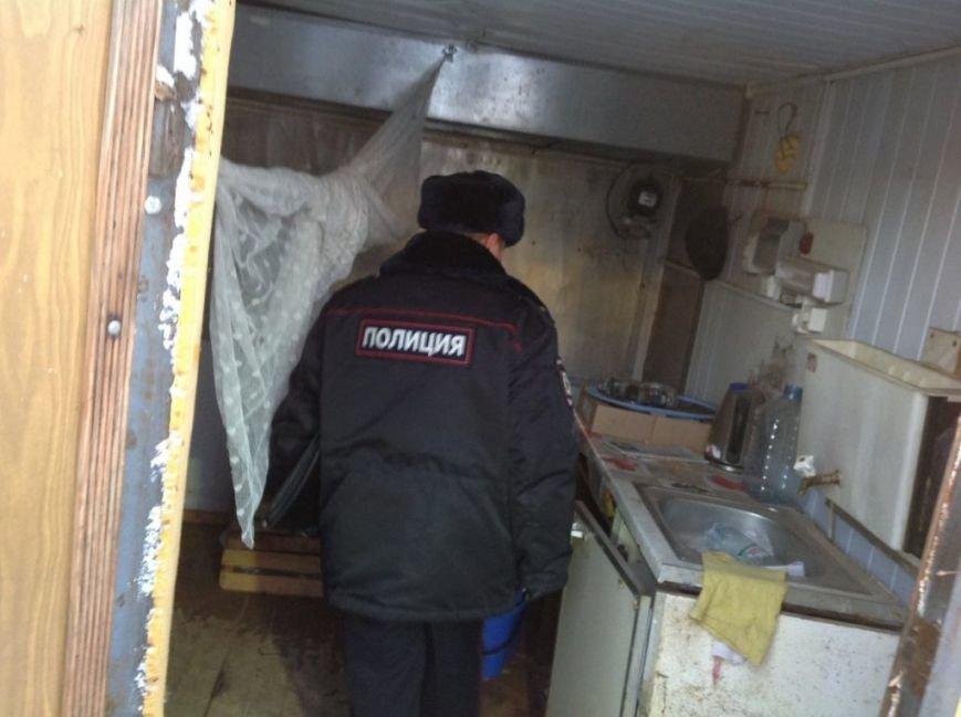 В Засвияжье вскрыли и демонтировали нелегальный киоск. ФОТО, фото-6
