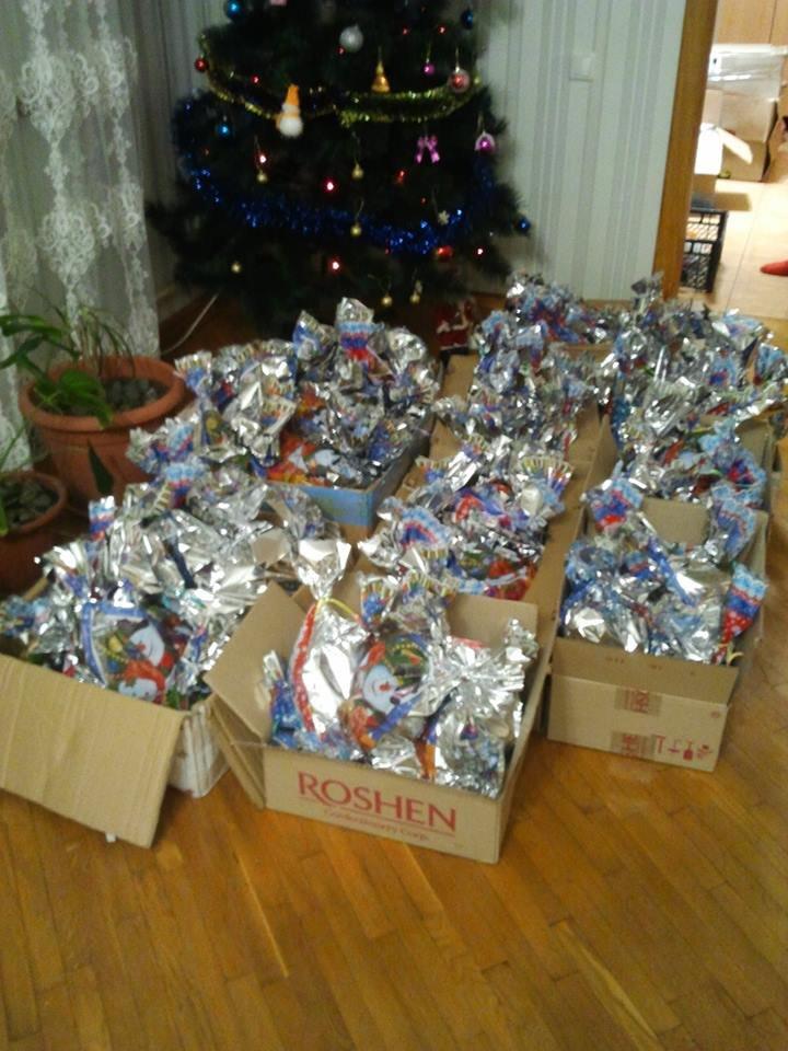 Детей, живущих в условиях войны, одарили подарками (фото), фото-4
