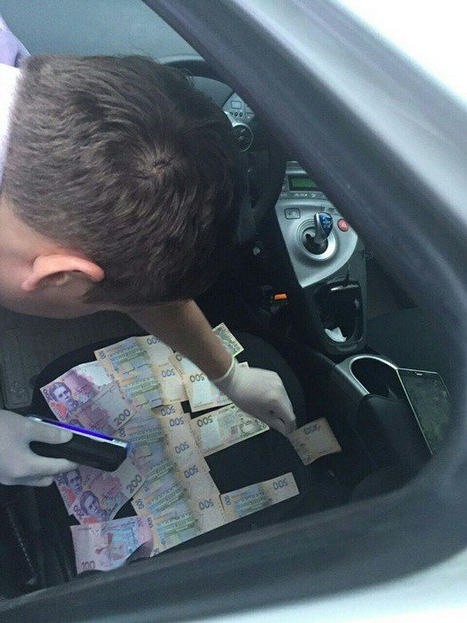 Полицейские из Черниговской области попались на взятке, фото-2