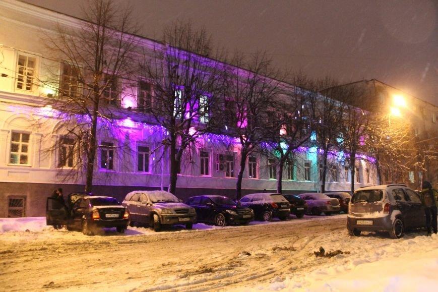 Как украсили центральную площадь Ульяновска. ФОТО, фото-9