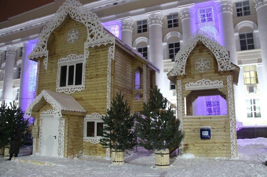 Как украсили центральную площадь Ульяновска. ФОТО, фото-11