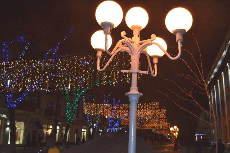 Как выглядит Полтава ночью накануне Нового Года, фото-5