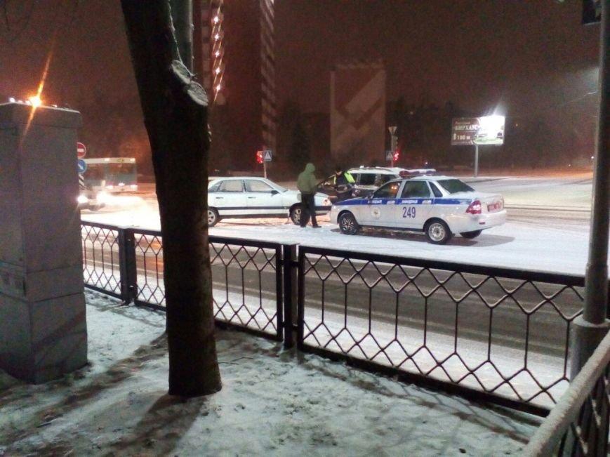 Снегопад осложнил движение на улицах Полоцка и Новополоцка: есть ДТП. Фотофакт, фото-2