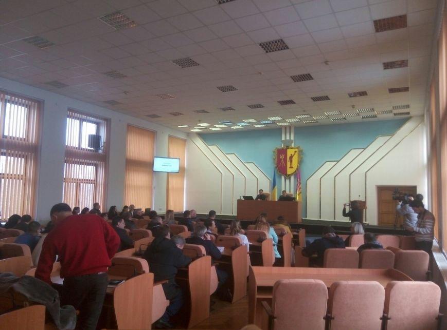 В Каменском состоялась внеочередная сессия городского совета, фото-1