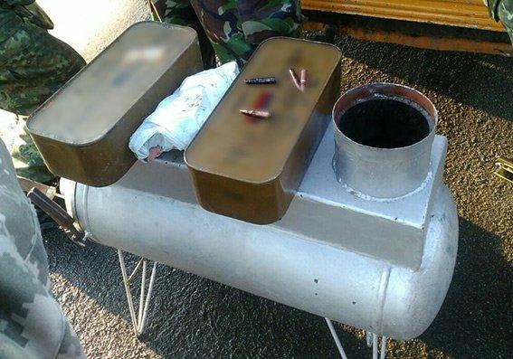 Подробиці затримання кам'янчанина із повною машиною боєприпасів, фото-1