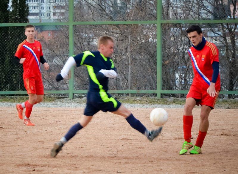 Никита впервые возглавила таблицу первой лиги Чемпионата Ялты по футболу, фото-6