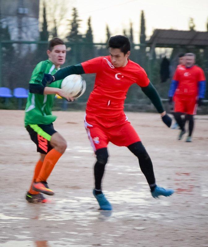 Никита впервые возглавила таблицу первой лиги Чемпионата Ялты по футболу, фото-2