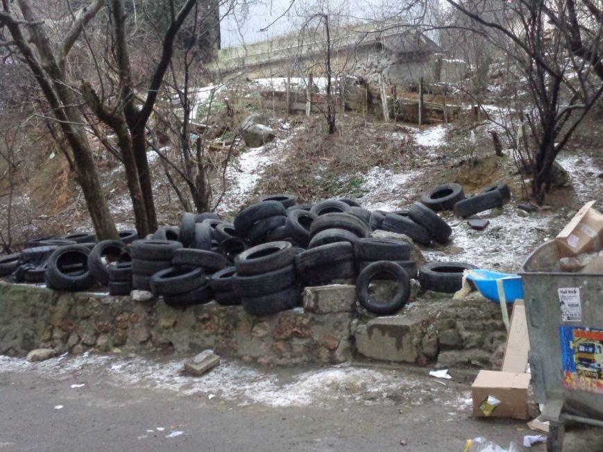 За прошедшую неделю «Альтфатер Крым» вывез 4 тонны использованных автомобильных покрышек, фото-1