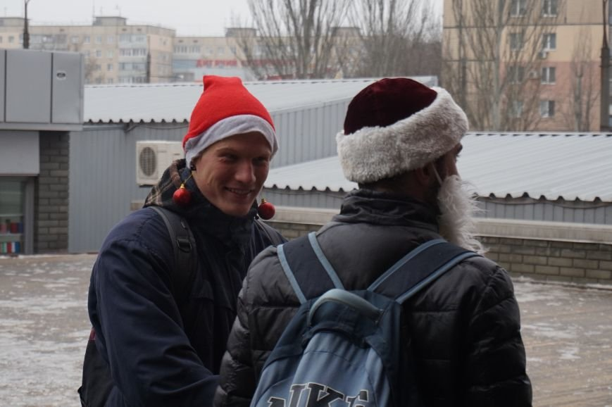 Криворожские Деды Морозы на велосипедах отправились дарить праздник малышам в детдома (ФОТО), фото-2