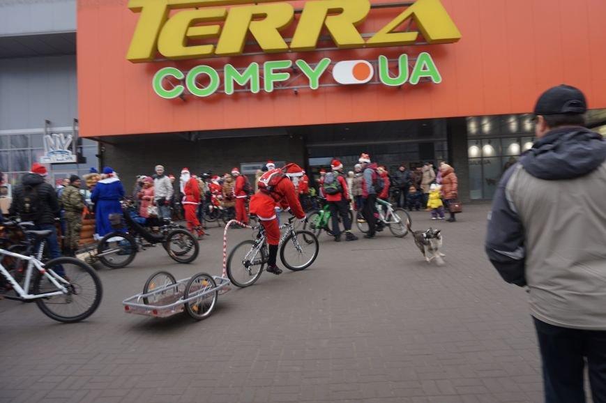 Криворожские Деды Морозы на велосипедах отправились дарить праздник малышам в детдома (ФОТО), фото-4