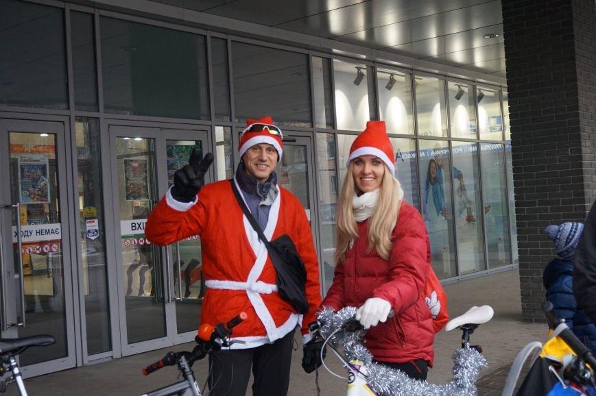 Криворожские Деды Морозы на велосипедах отправились дарить праздник малышам в детдома (ФОТО), фото-3