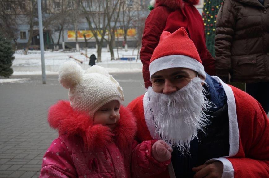 Криворожские Деды Морозы на велосипедах отправились дарить праздник малышам в детдома (ФОТО), фото-7