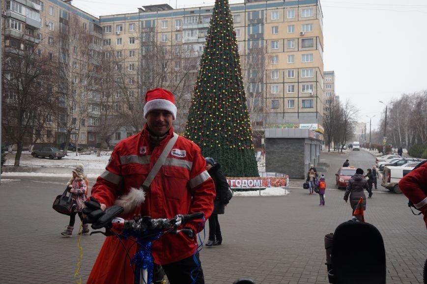 Криворожские Деды Морозы на велосипедах отправились дарить праздник малышам в детдома (ФОТО), фото-6