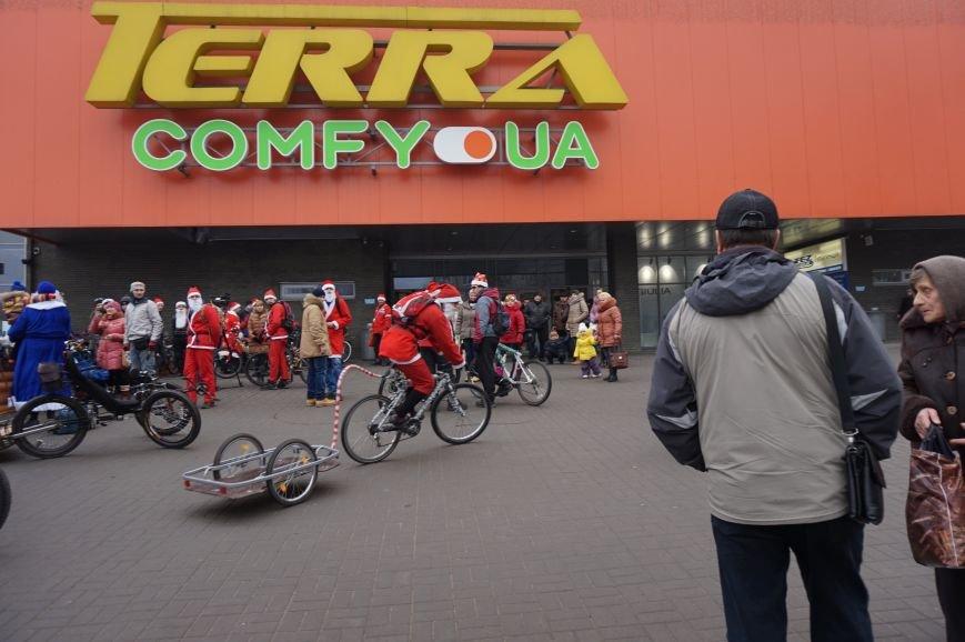 Криворожские Деды Морозы на велосипедах отправились дарить праздник малышам в детдома (ФОТО), фото-13