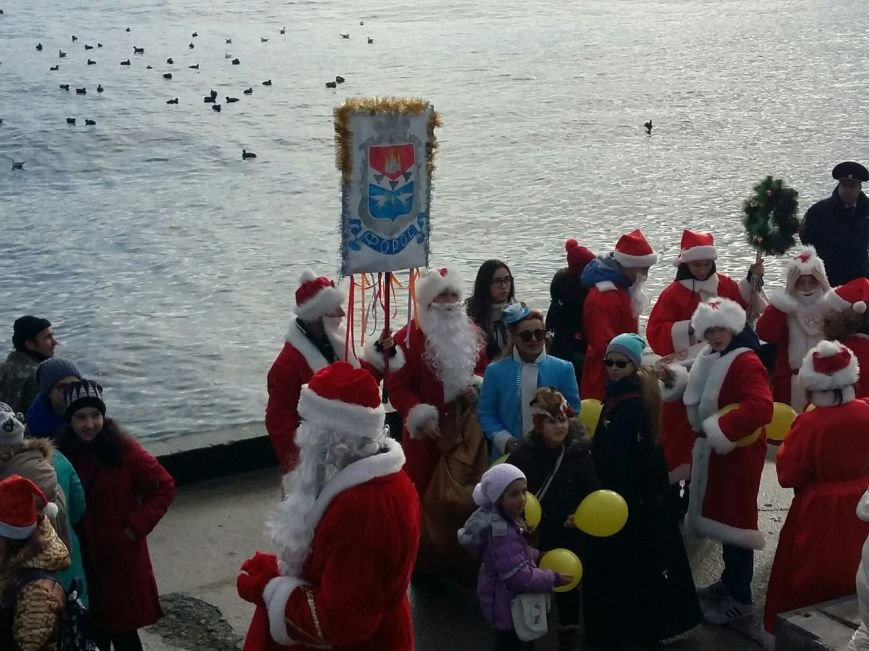 ВИДЕО: в Ялте прошел «Мороз-парад», фото-20