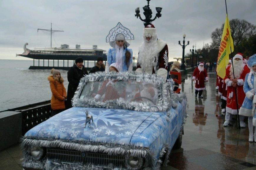 ВИДЕО: в Ялте прошел «Мороз-парад», фото-16