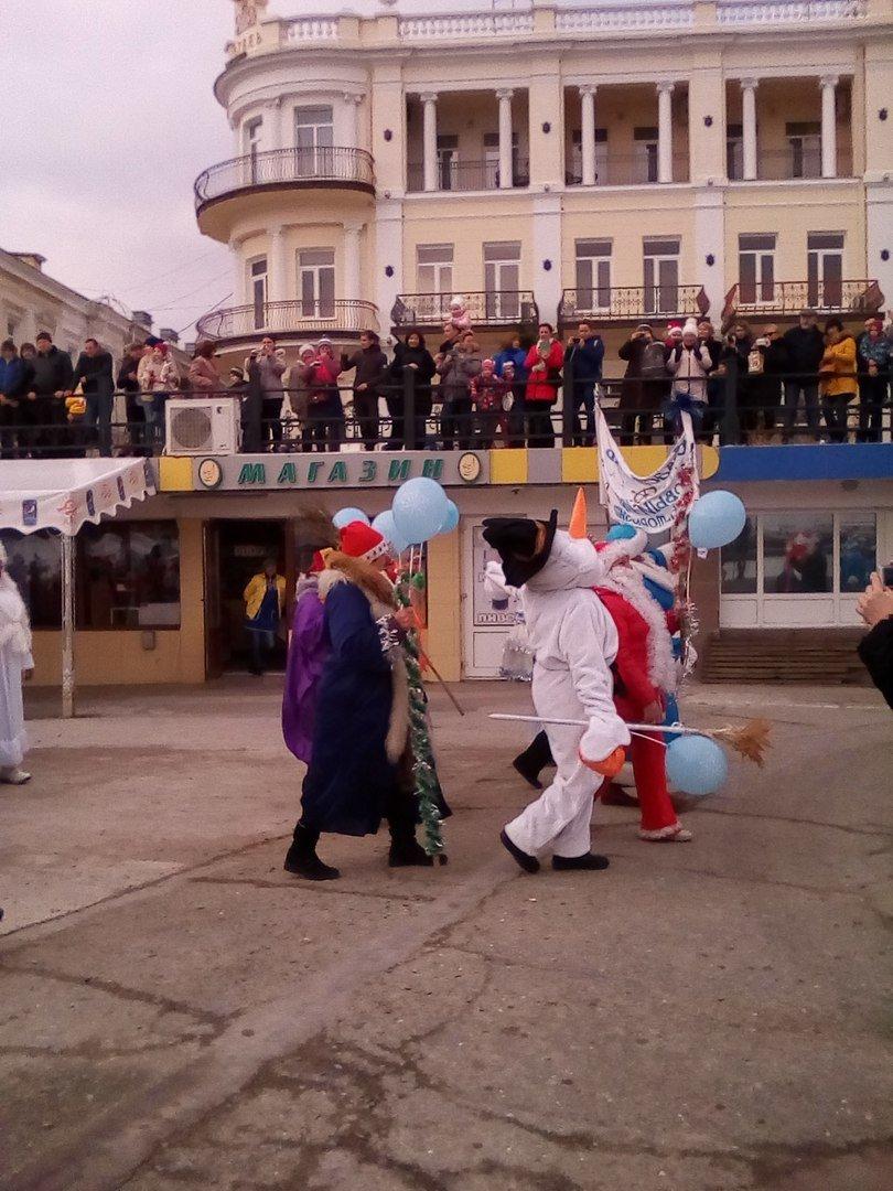 ВИДЕО: в Ялте прошел «Мороз-парад», фото-3