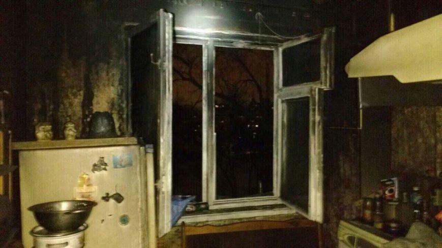 В Днепре сгорела двухкомнатная квартира: есть пострадавшие (ФОТО), фото-2