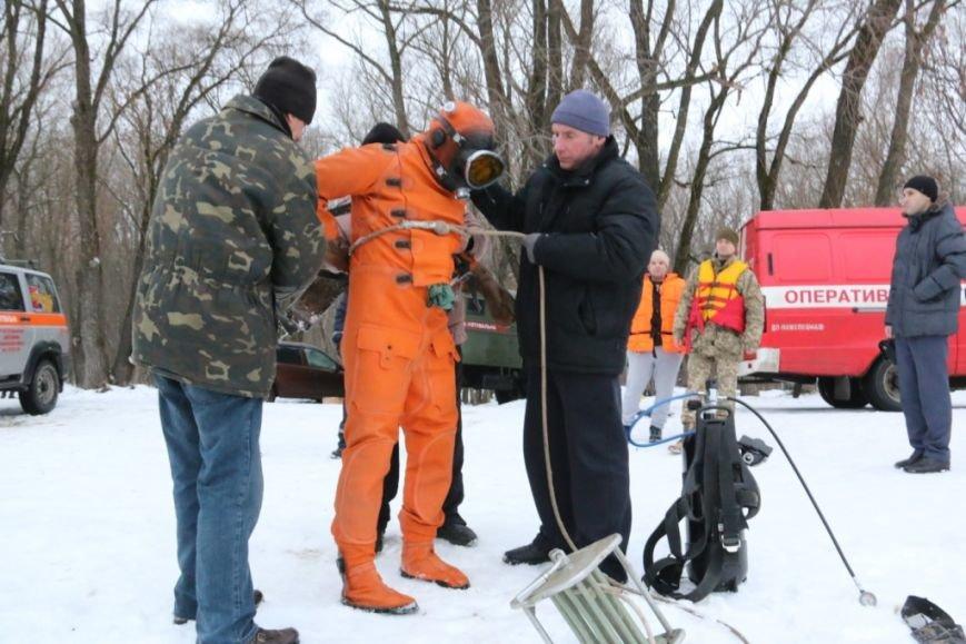 Утонувшую в Чернигове машину до сих пор не нашли, фото-22