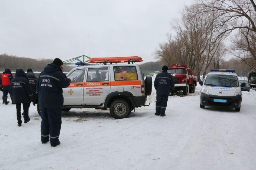 Утонувшую в Чернигове машину до сих пор не нашли, фото-3