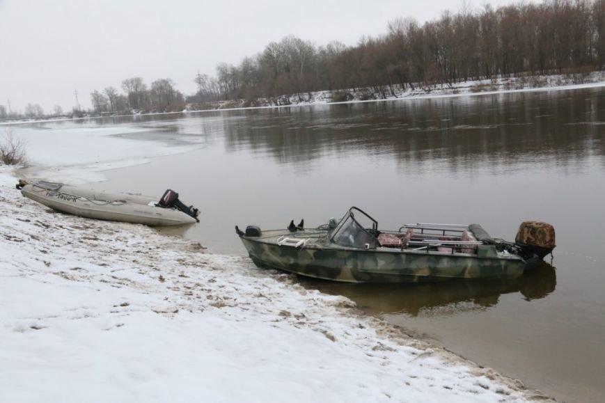Утонувшую в Чернигове машину до сих пор не нашли, фото-5