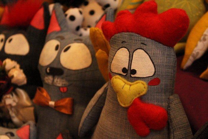Прогулка Gorod212.by по Handmade Market «Рождественский сапожок» в Витебске: малевали на пряниках и выбирали штучный товар, фото-14