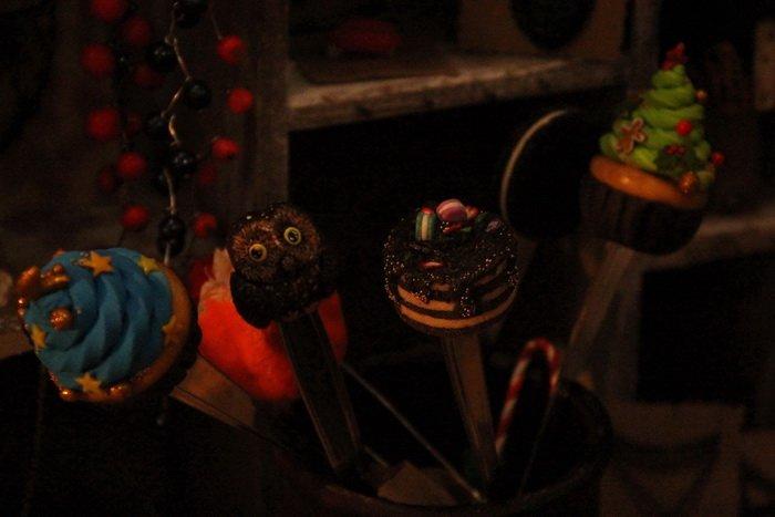 Прогулка Gorod212.by по Handmade Market «Рождественский сапожок» в Витебске: малевали на пряниках и выбирали штучный товар, фото-25