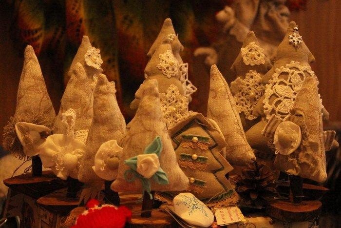 Прогулка Gorod212.by по Handmade Market «Рождественский сапожок» в Витебске: малевали на пряниках и выбирали штучный товар, фото-9