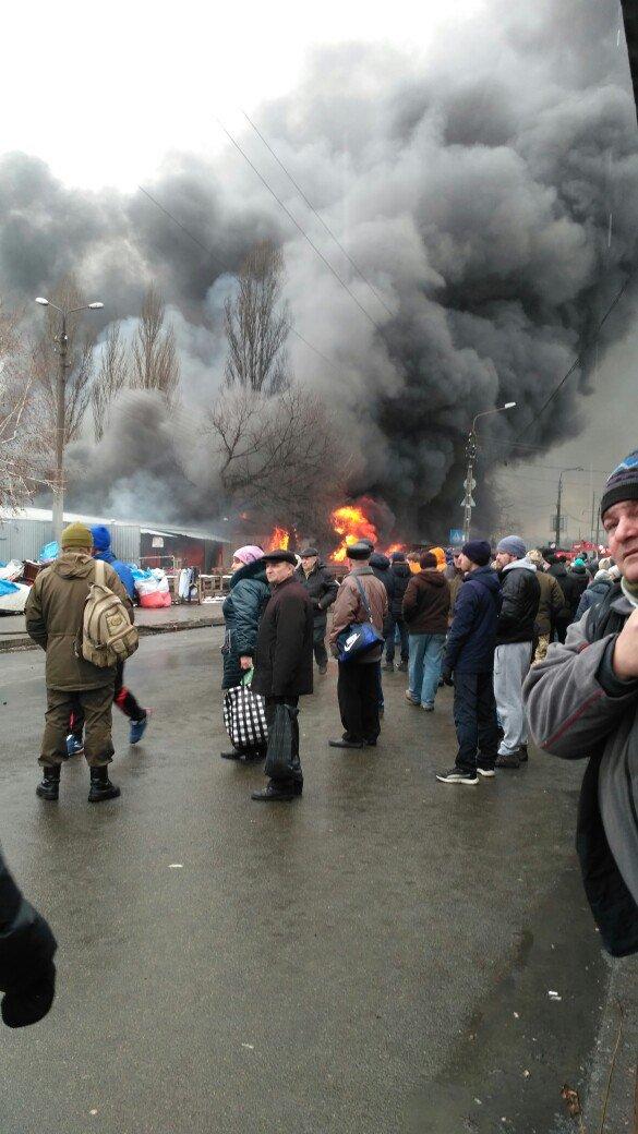 В Деснянському районі Києва сталася масштабна пожежа ФОТО,ВІДЕО (оновлюється), фото-1
