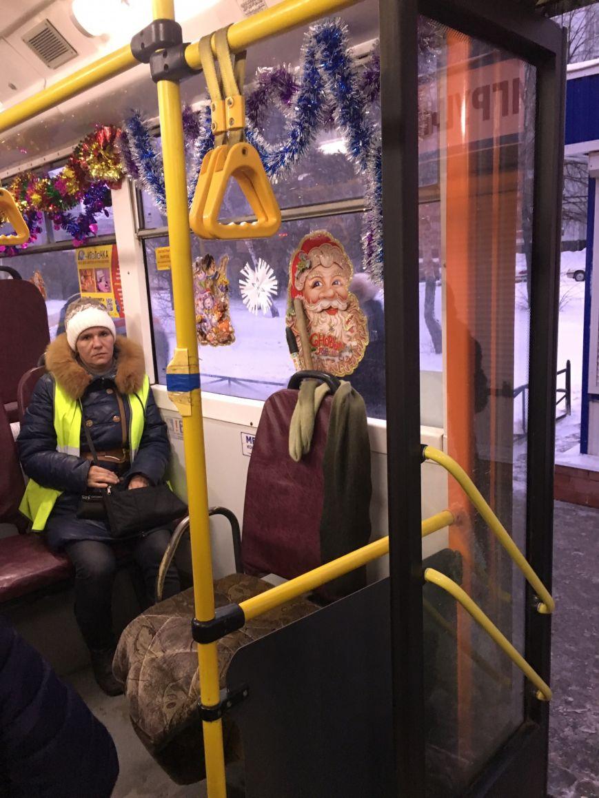 Новогодние троллейбусы появились в Заволжье, фото-3