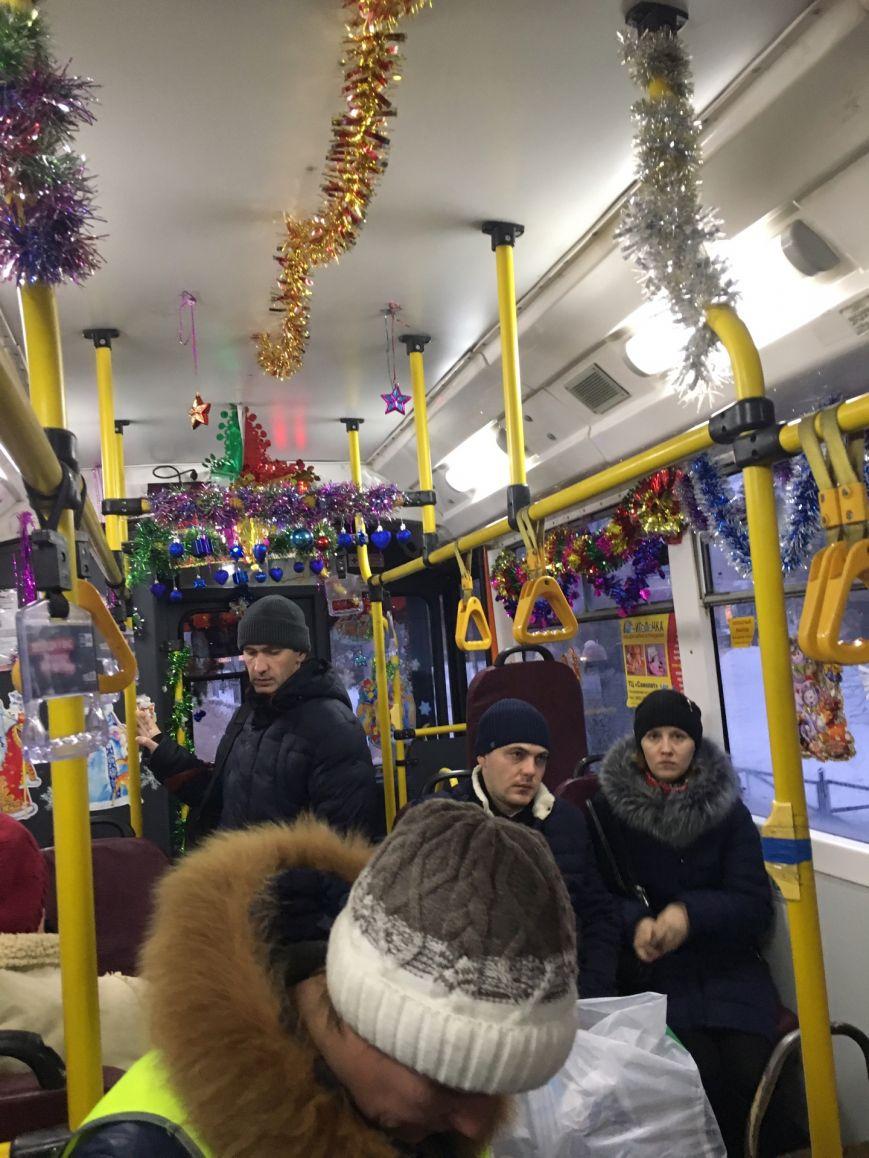 Новогодние троллейбусы появились в Заволжье, фото-4