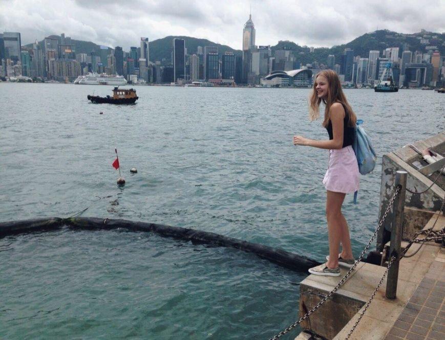 «На меня стали по-другому смотреть»: полочанка рассказала, как ей удается совмещать карьеру модели, работу в Китае и учебу в школе, фото-3