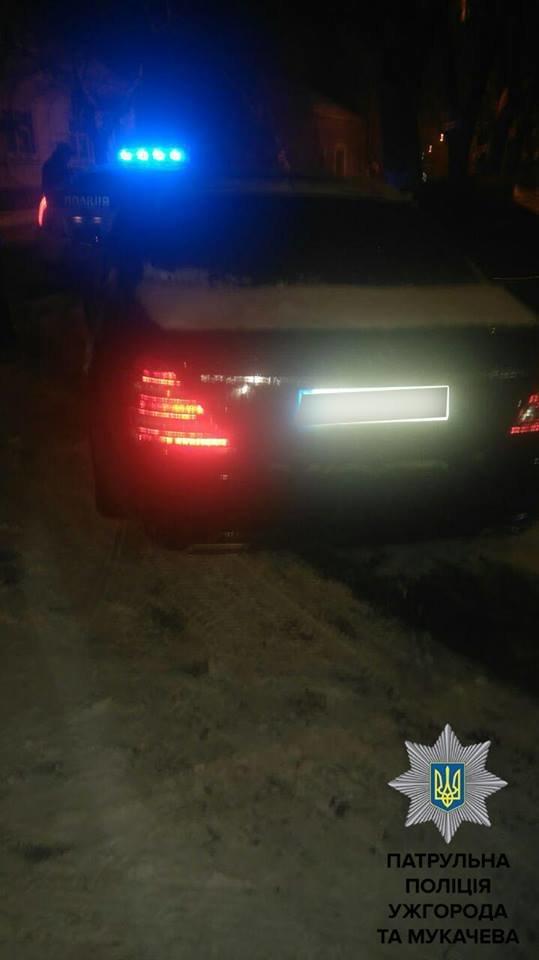 У різдвяну ніч патрульні Закарпаття виявили з десяток нетверезих водіїв: фото, фото-3