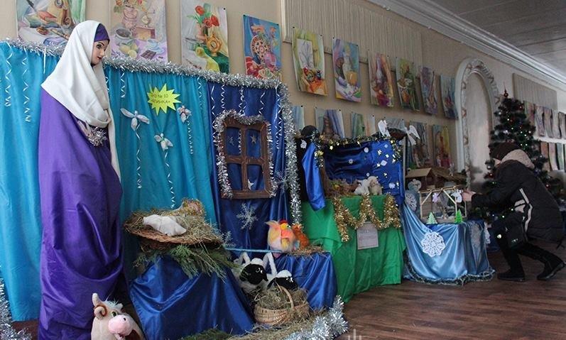 В Зоряному розпочала роботу виставка Різдвяних вертепів (ФОТО), фото-3