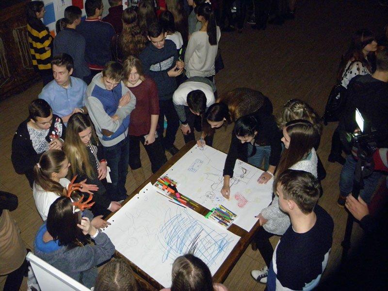 Бахмутские школьники приняли участие в мероприятии «Жизнь без насилия» (ФОТО), фото-1