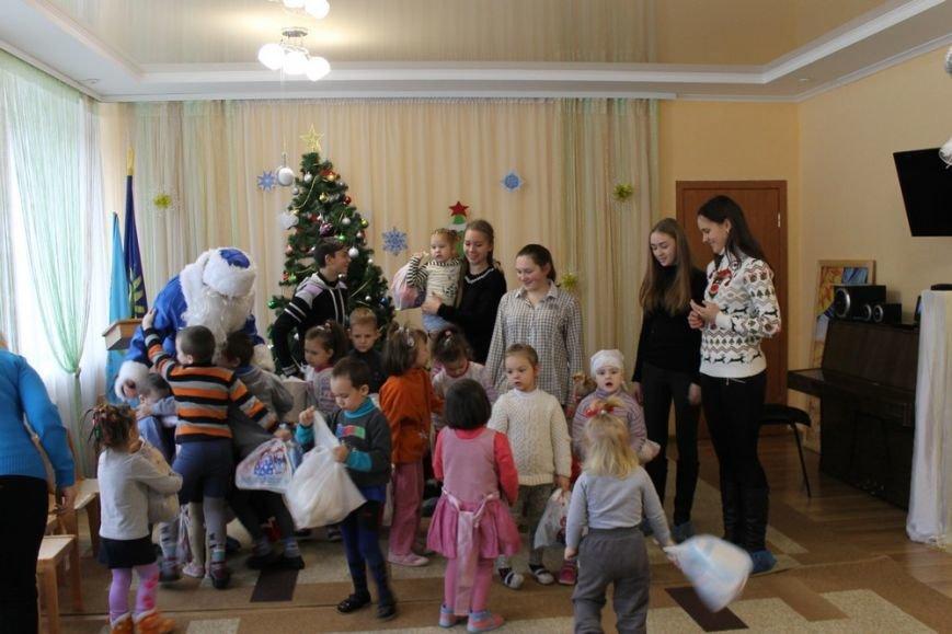 Благодійна акція  учнів СЗОШ №1 «Допоможи Миколаю прийти до дітей-сиріт»., фото-2