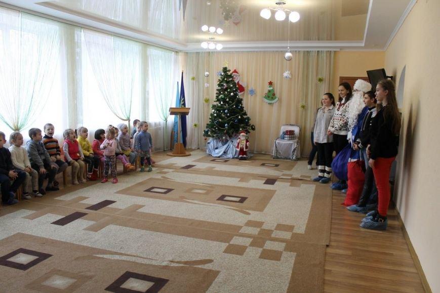 Благодійна акція  учнів СЗОШ №1 «Допоможи Миколаю прийти до дітей-сиріт»., фото-1