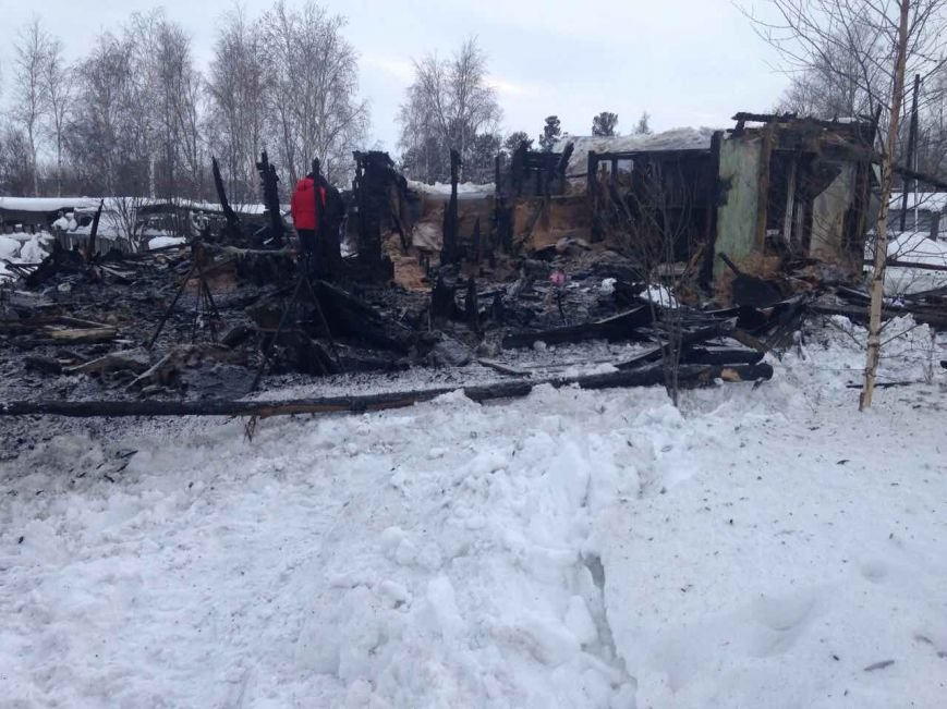 «Дом спасти не удастся…» Семья из Нижневартовска осталась без крыши над головой, фото-1