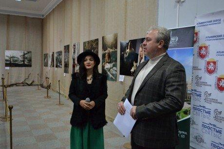 В Алупкинском музее-заповеднике открылась фотовыставка «Простые Святые», фото-2
