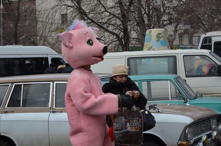 Сказочные герои гуляли по Театральной площади в Мариуполе (ФОТО), фото-6