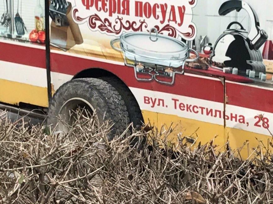 У тернопільській маршрутці відірвалось колесо (ФОТО), фото-2