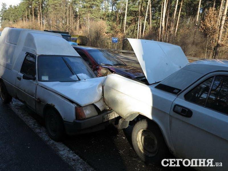 5 в 1: на об'їзній дорозі поблизу Броварів сталася аварія (Фото), фото-3