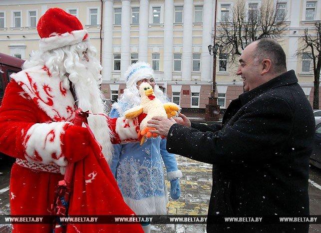 Новогодняя птица счастья, или В поисках Огненного Петуха. Репортаж БЕЛТА из Полоцка и Азино, фото-3