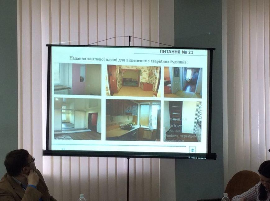 Дождались! Жителям аварийных домов в Мариуполе выделили квартиры (ВИДЕО), фото-1
