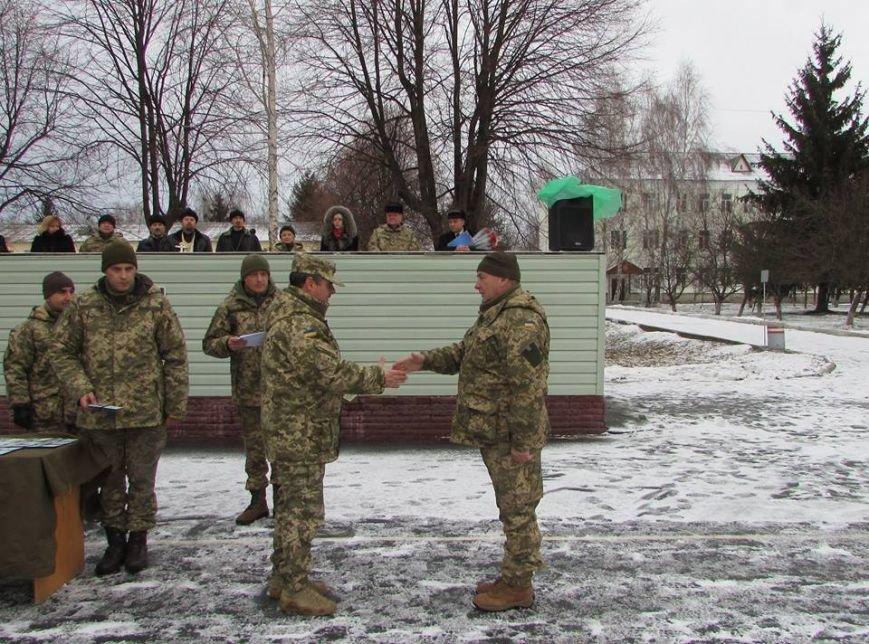 Відбулася урочиста зустріч військовослужбовців, які прибули з району виконання бойових завдань, фото-1
