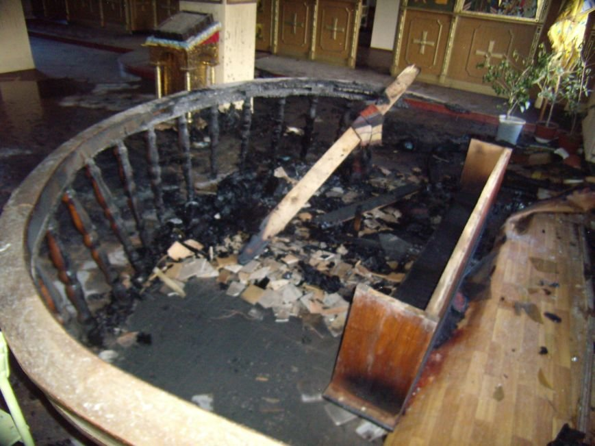 Ранним утром в Кривом Роге горела церковь (ФОТО), фото-5
